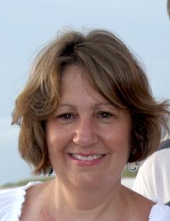 Lisa Berg Headshot
